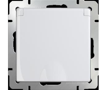 Werkel Розетка 1-ая влагозащищенная с заземлением, с защитной крышкой и шторками белая